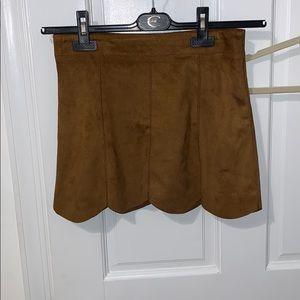 Scalloped suede Zara skirt